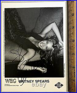 Britney Spears Signed Autograph 5 x 7 Promo Photo JIVE WEG Black & White