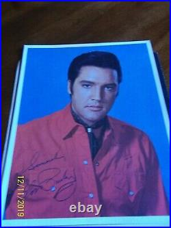 Elvis Presley signed International rare promo photo