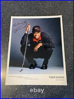 TIGER WOODS signed 8x10 Promo Photo! MASTERS CHAMPION