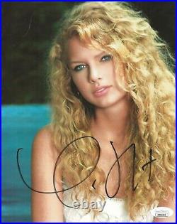 Taylor Swift REAL hand SIGNED 8x10 2007 Promo Photo #1 JSA COA Autographed RARE