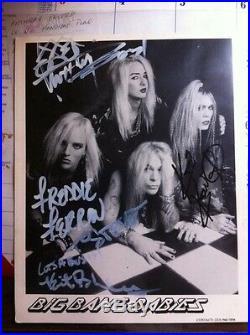 Very rare autographed KERI KELLI/BIG BANG BABIES band promo photo